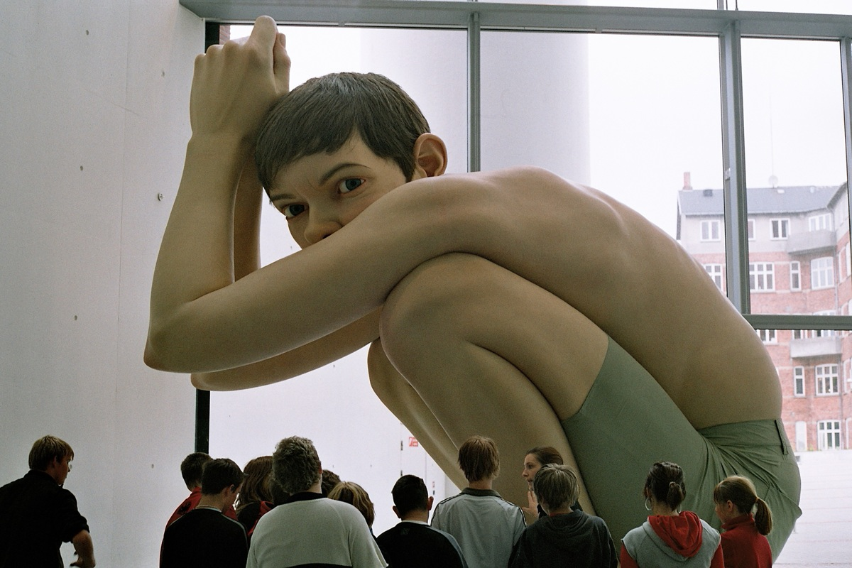 Ron-mueck-arte-hiperrealista-cartier-paris-7